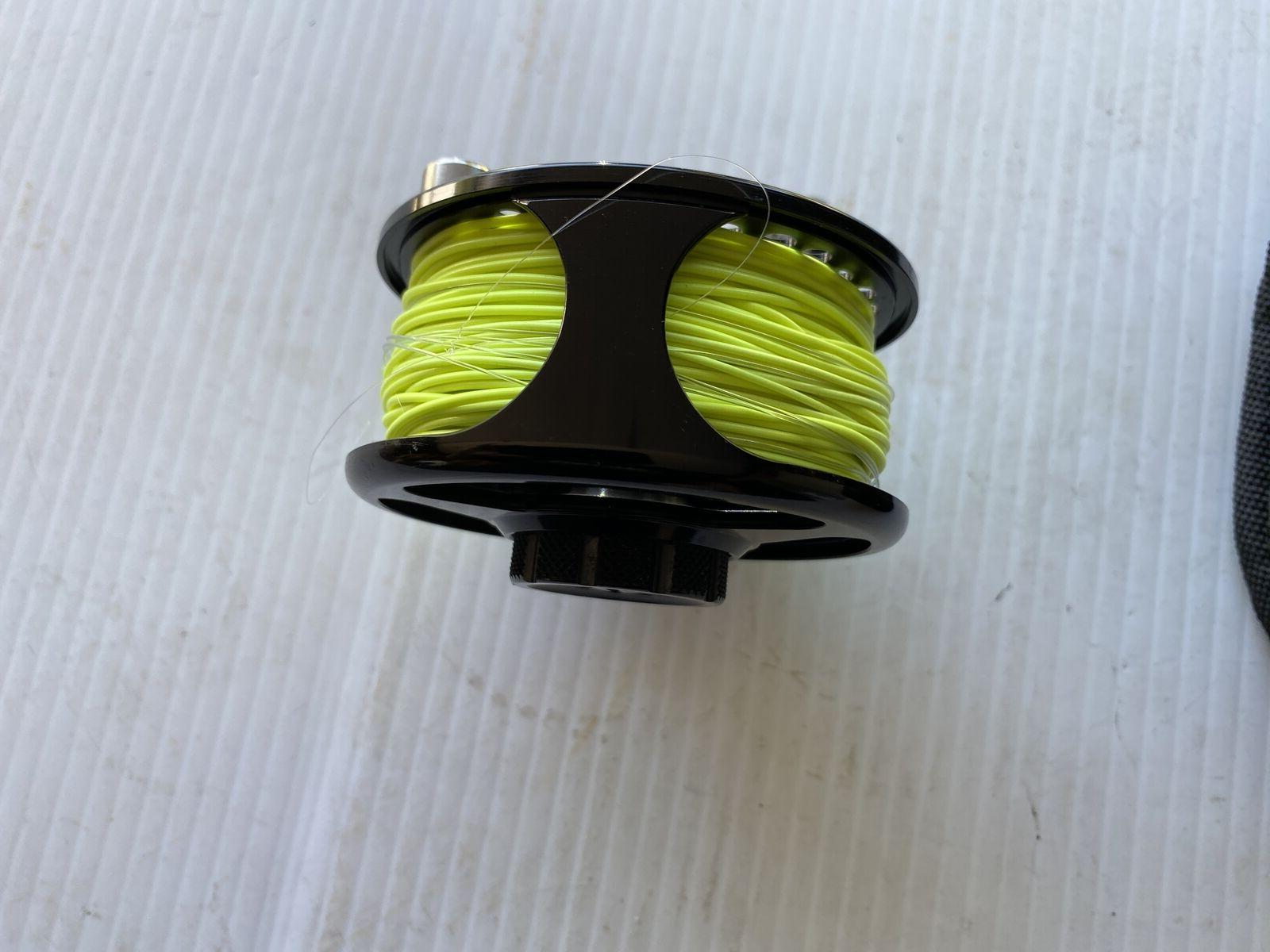 Cabela's RLS1 Reel With Fly Line and Case